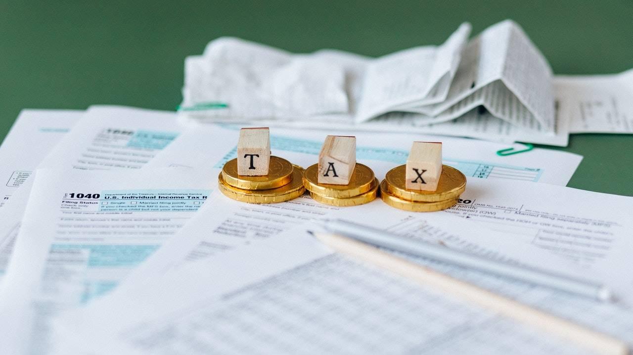 オンカジ税金